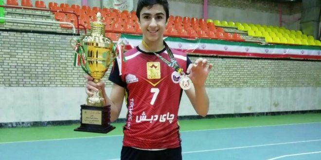 کسب مقام قهرمانی کشور در المپیاد نخبگان ورزش والیبال توسط ایلیا رستمی